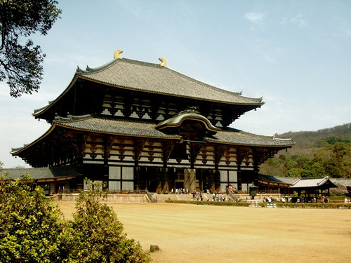 Todaiji Temple jmurawski/Flickr